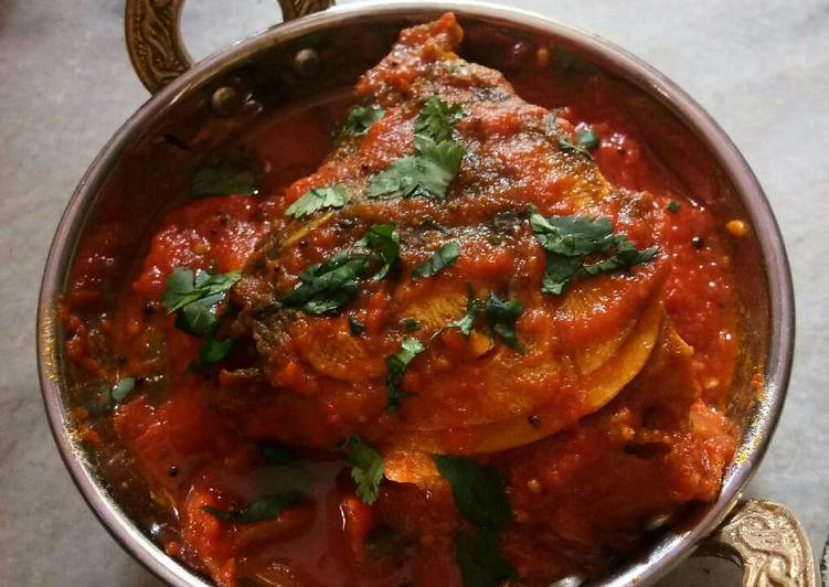 Fish with Tomato Gravy, fish curry with thick gravy, spicy fish curry,kerala cooking, kerala dishes, kerala recipes, kerala cuisine, south indian recipes