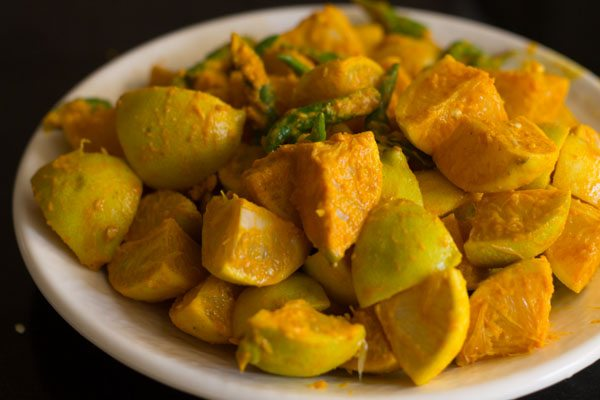 lemon pickle recipe, naranga achar, lemon pickle kerala style, easy lemon pickle