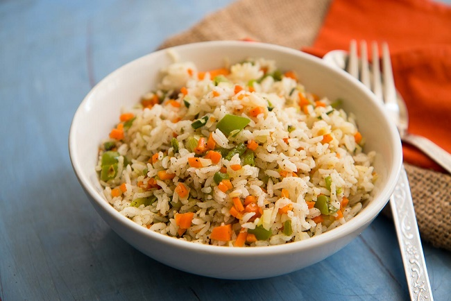 vegetable fried rice recipe, easy vegetable fried rice, vegetable fried rice indo chinese style, vegetable fried rice with step by step pictures