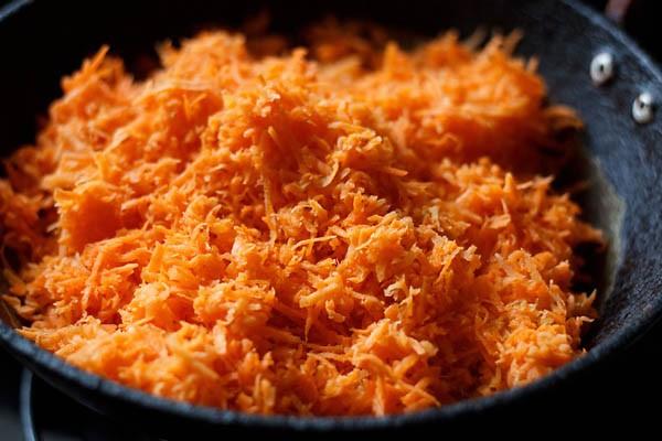 carrot halwa recipe, gajar halwa recipe, easy carrot halwa recipe, indian diwali sweet recipe