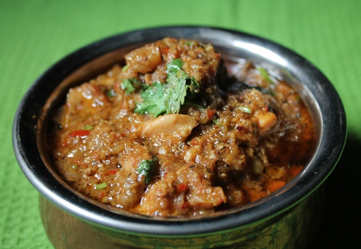 Chettinad Chicken Curry recipe, spicy chicken curry recipe, chicken curry with thick gravy