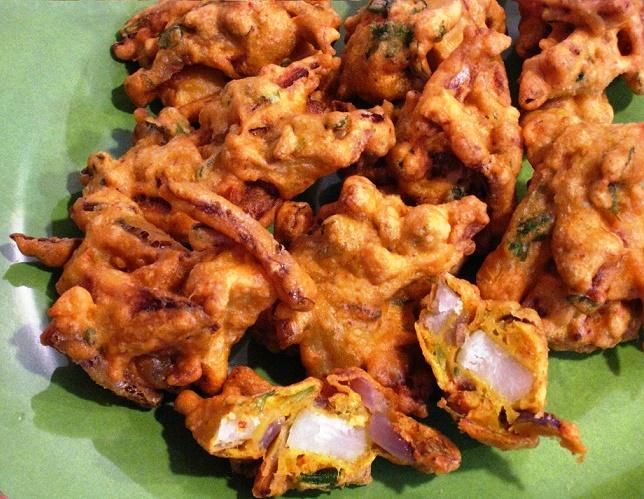 Onion Pakoda recipe, onion pakora, easy indian snack
