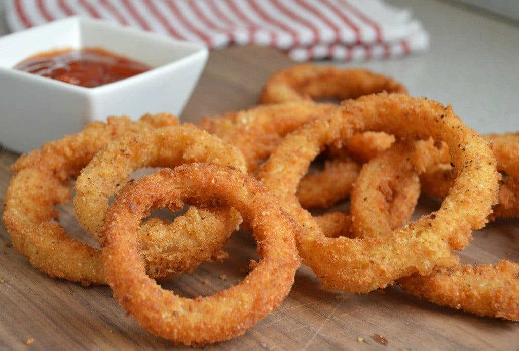 Crispy Onion Rings recipe, snack recipe with onion, Indian onion snack recipe