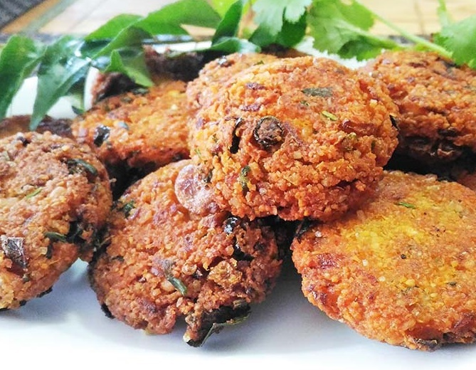 Parippu vada recipe, easy parippu vada, kerala snack recipe, tea time snack recipe