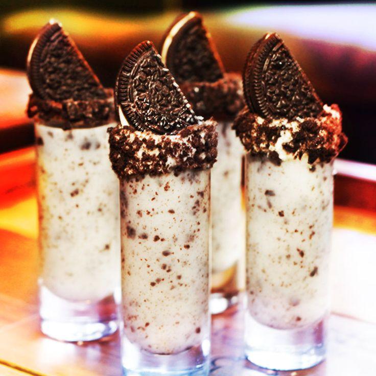 vanilla chocolate shots recipe, easy dessert recipe with whipping cream, easy vanilla desserts
